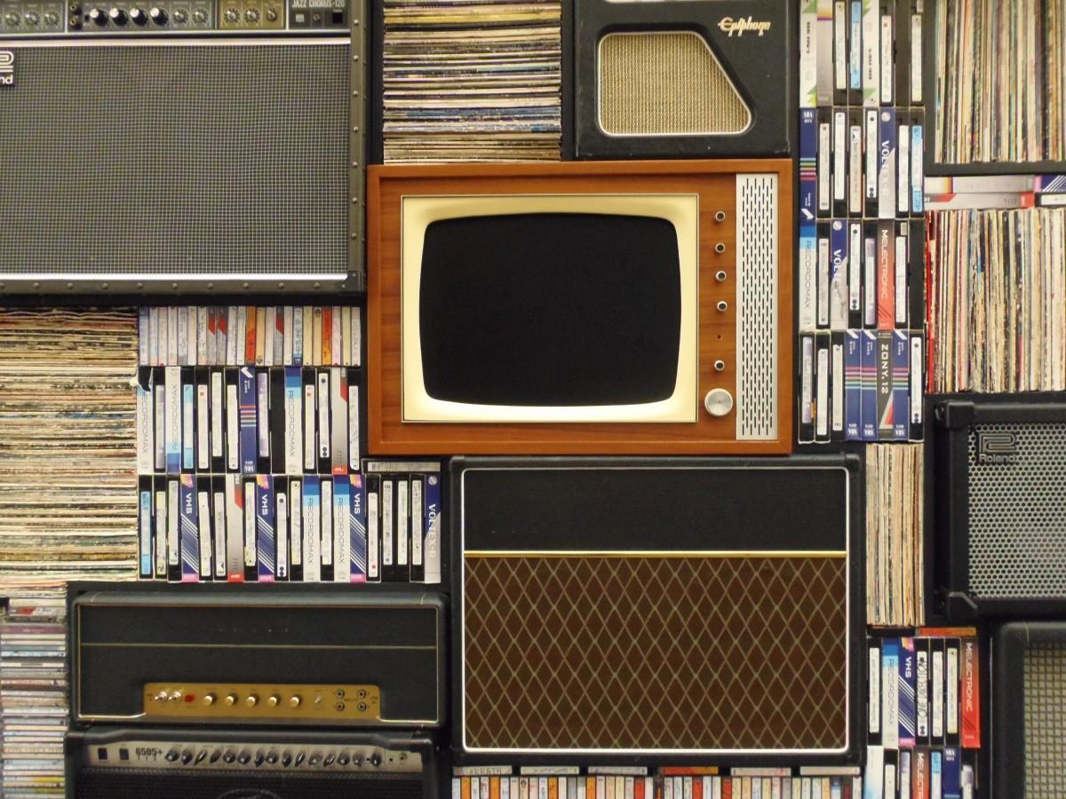 vintage home media, tv, tapes
